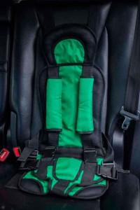 Бескаркасное автокресло Комфорт-Зеленое